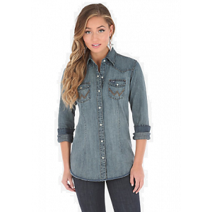 Wrangler Women's Long Sleeve Western Snap Denim Top
