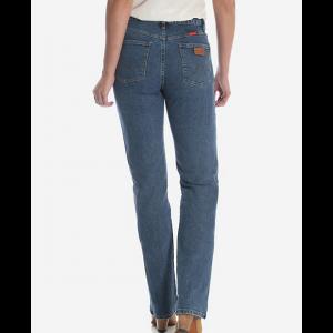 Wrangler Women's Cowboy Cut Slim Fit Stretch Jean in Stonewash