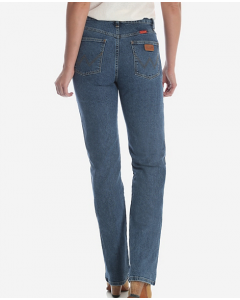 Wrangler Women's Cowboy Cut Slim Fit Stretch Jean in Stonewash