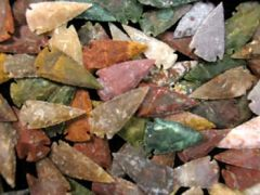 "2.5"" Hand Chipped Showcase Arrowheads (assorted colors)"